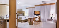 Super Deluxe Suite (1 Super King size bed / 2 twin beds)